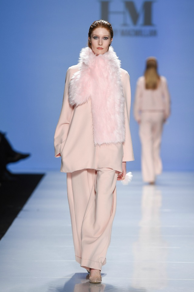 Hilary Macmillan, Faux fur, pink